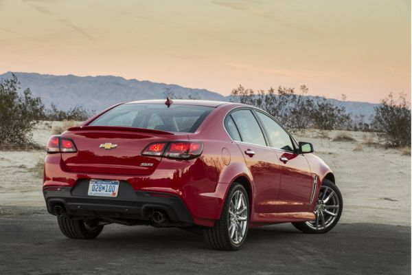 Chevrolet SS 2015  Rear and Side View