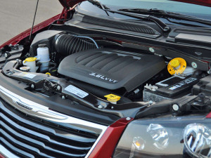 Chrysler Town and Country Minivan Engine