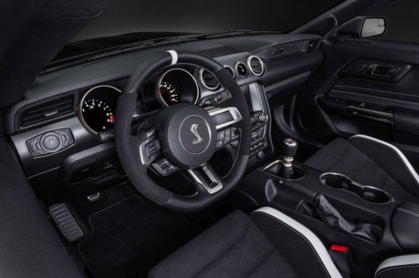 2016 Ford Mustang Shelby GT350R - Interior