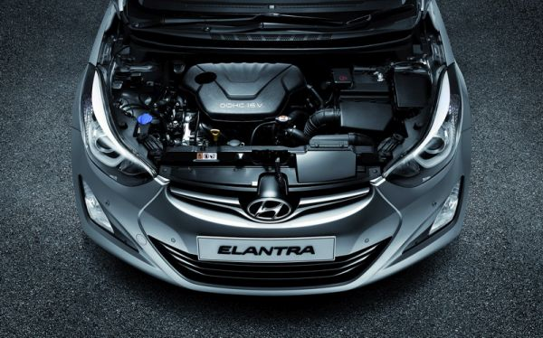 2017 Hyundai Elantra - Engine