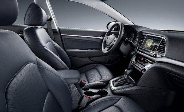 2017 Hyundai Elantra - Interior