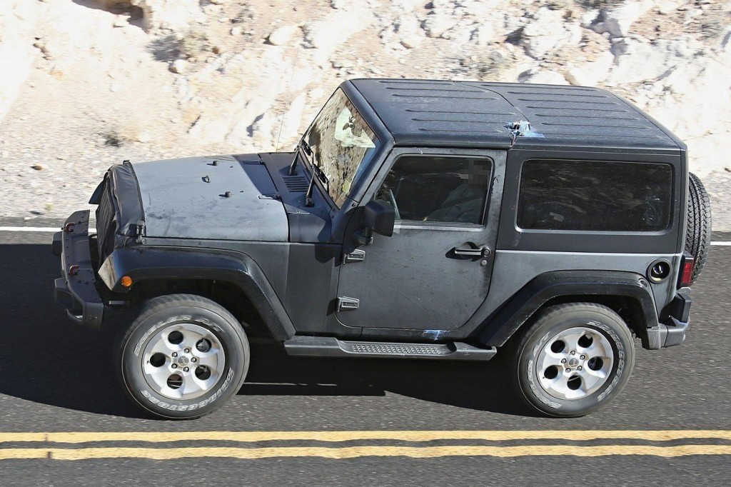 2017 Jeep Wrangler spy Shots