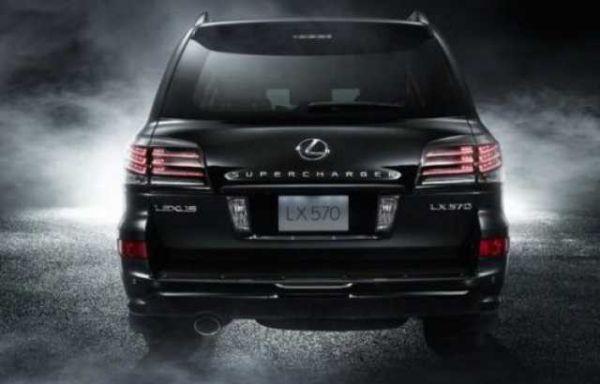 Lexus LX 2016 - Rear View