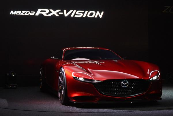 Rotary engine returns in Mazda concept coupe