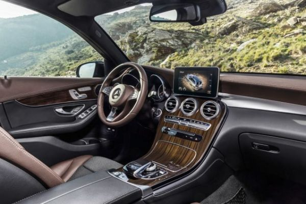 Mercedes Benz GLC 2016 - Interior