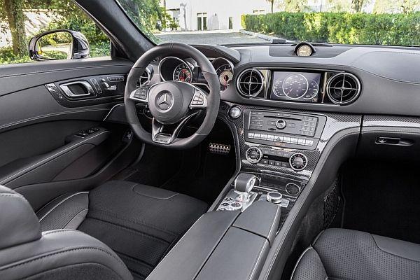 2017 Mercedes-Benz SL-Class - Interior