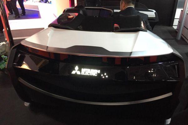 Mitsubishi Emirai 3 xDas - Rear View
