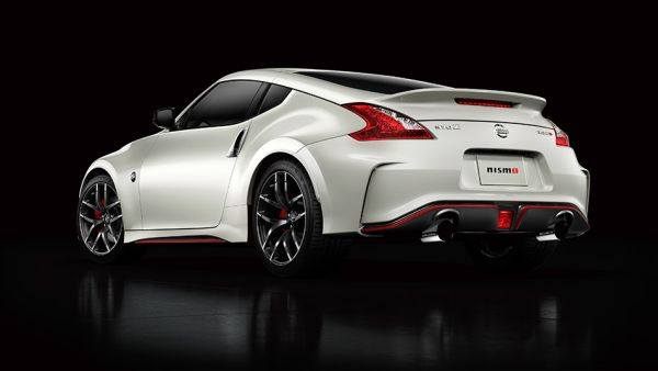 2016 Nissan 370Z - Rear View