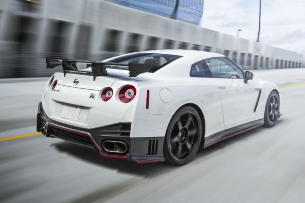 2016 Nissan GT-R Sports Car - Side and Rear View