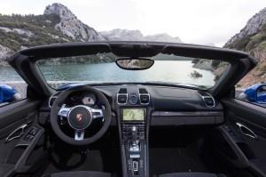 2015 Porsche Cayman GT4 Exterior