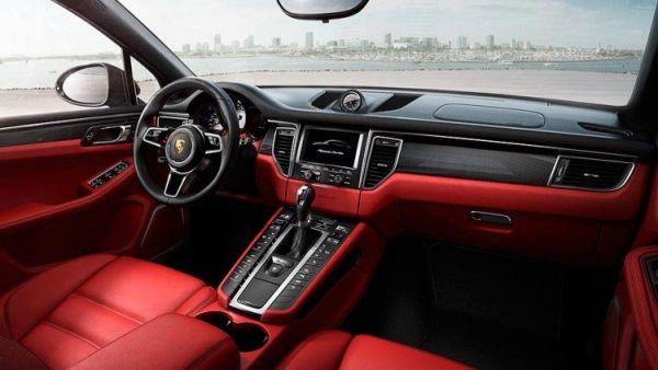 2017 Porsche Macan GTS - Interior