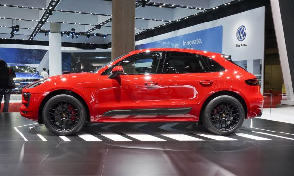 2017 Porsche Macan GTS - Side View