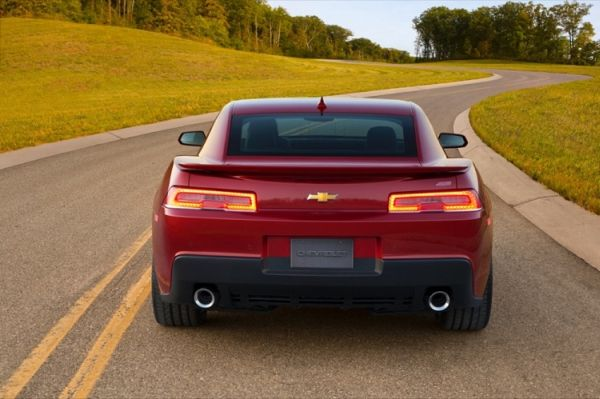 Rear View of 2015 Chevrolet Camaro