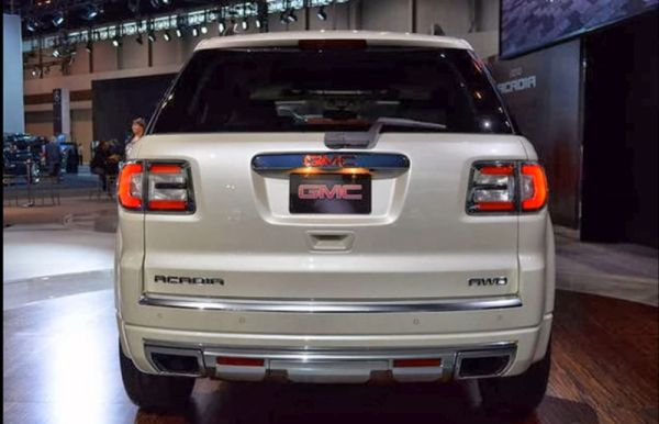 Rear View of 2015 - GMC Acadia