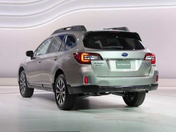 Rear View of 2015 - Subaru Outback