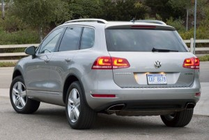 Rear View of 2015 Volkswagen Touareg
