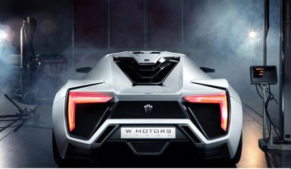 Rear View of W Motors Lykan Hypersport - 2015