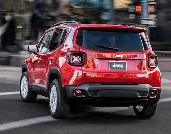 Rear View of 2016 Jeep Renegade