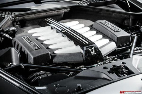 Rolls Royce Ghost 2015 - Engine