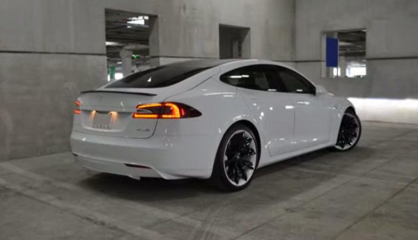2015 tesla model s p85d review price specs. Black Bedroom Furniture Sets. Home Design Ideas