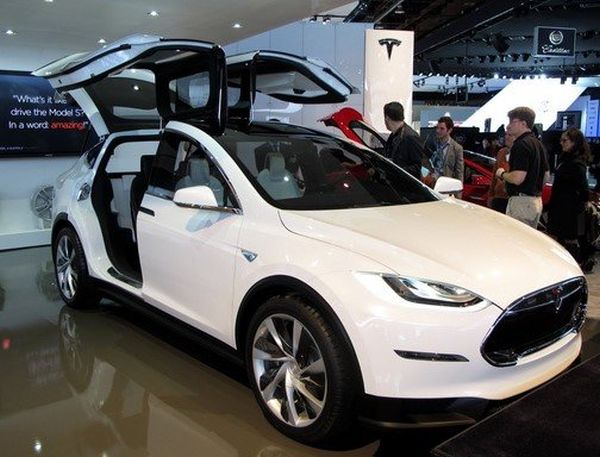 2016 tesla model x price release date concept. Black Bedroom Furniture Sets. Home Design Ideas