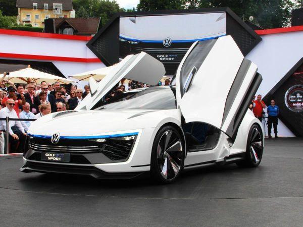 2016 Volkswagen Golf GTE Sport