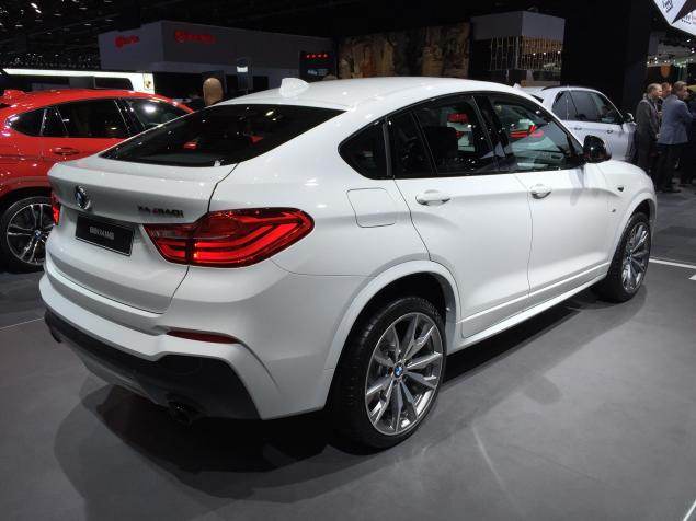 2016 bmw x4 m40i crossover price specs review. Black Bedroom Furniture Sets. Home Design Ideas