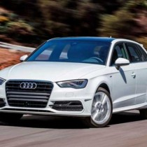 Audi A3 2017 - Side Front View